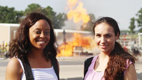 Antoya Ellis (left) and Vanessa Aguayo