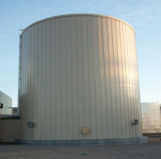 Tank with full GST panel insulation -