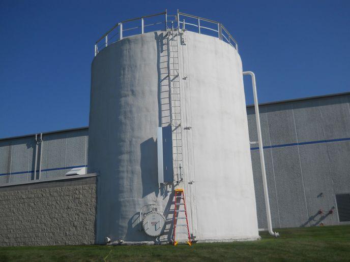 Spray insulation -