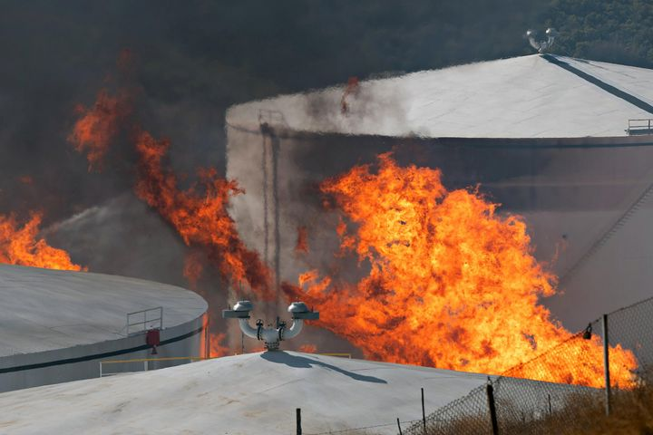 Battling tank fires requires competent understanding about the product on fire, tank design, (i.e. internal/external floater, etc.), available fire water supply, ability to manage foam concentrate, is there existing fixed/semi-fixed foam systems that could be used or will the scenario require an over the top application, and the specific risks associated with that material. - Screenshot SF Chronicle