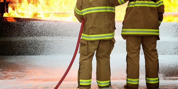 SOLBERG® VERSAGARD® AS-100 concentrate works to take down fires involving solids and liquids...