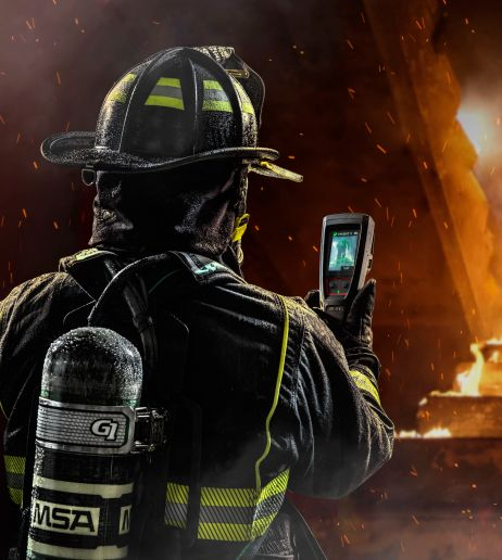 With LUNAR, MSA bridges the gap of knowing precisely where all firefighters are on scene—even those not wearing respiratory equipment. - MSA