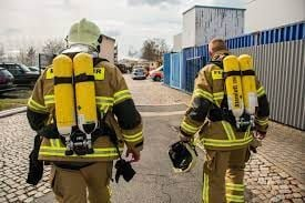 Wear SCBA with the bulk of the weight on the hips. -