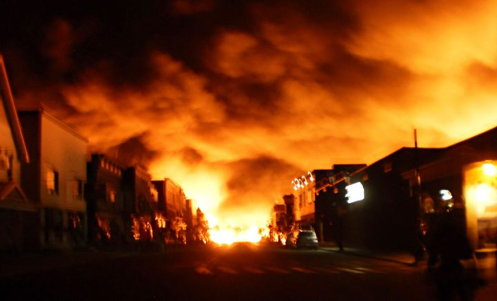 Industrial fires begin small butmay not stay that way very long. Thesooner we know about them the more likely we are to be able to extinguish them without injuries or significant damage to the facility. - Creative Commons