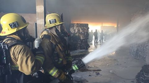 Contracted response must be integrated into the overall Incident Command System.