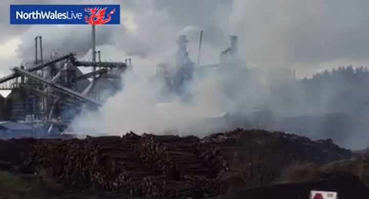 Wood supply for UK paneling plant goes up in flames. - Screencapture via North Wales Live