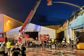 Furniture Factory Fire Threatens Massive Industrial Complex in Poland