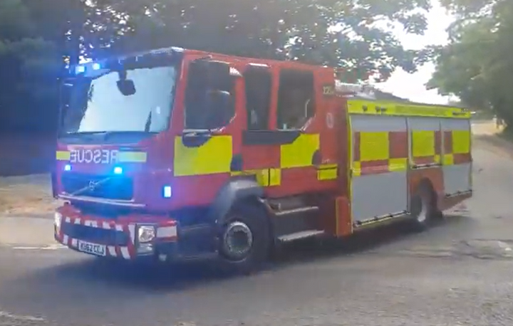 Stowmarket Fire Brigade truck in route to an emergency. - Screencapture Via YouTube