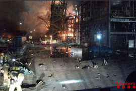 Chemical Plant Explosion in Spain Leaves 3 Dead
