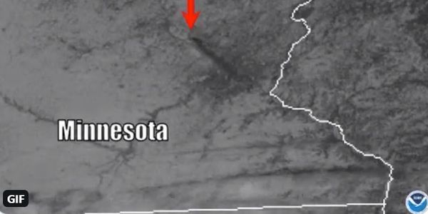 Satellite photo shows spread of smoke southeast from burning recycling yard in Becker, Minnesota.