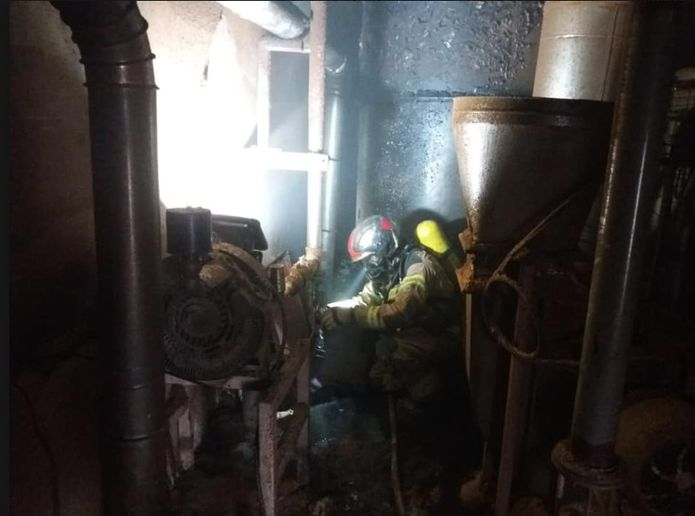 Firefighters deal with a potential silo fire at a flour mill in Spain. - Photo Courtesy ofthe Delegration of Zaragoza