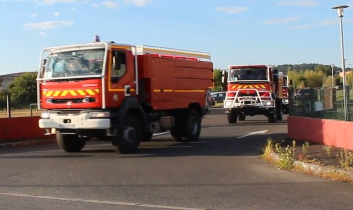 Fire trucks with the Service Départemental d'Incendie et de Secours du Tarn (SDIS 81) line up for action. - Screencapture Via YouTube