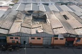 Spanish Firefighters Limit Damage to Warehouse Complex