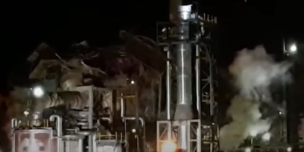 Blast rocks Cape Town refinery causing extensive damage.