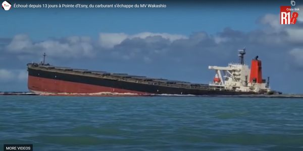 MV Wakashio, grounded since July 25, developed cracks over the weekend.