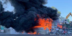Minnesota Scrap Yard Unleashes Tower of Smoke
