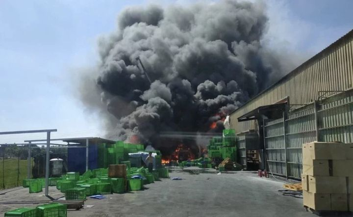 Water-reactive magnesium made fighting a fire Sunday at a metal alloy plant in Taiwan a difficult proposition. - Photo Courtesy of Changhua Fire Department