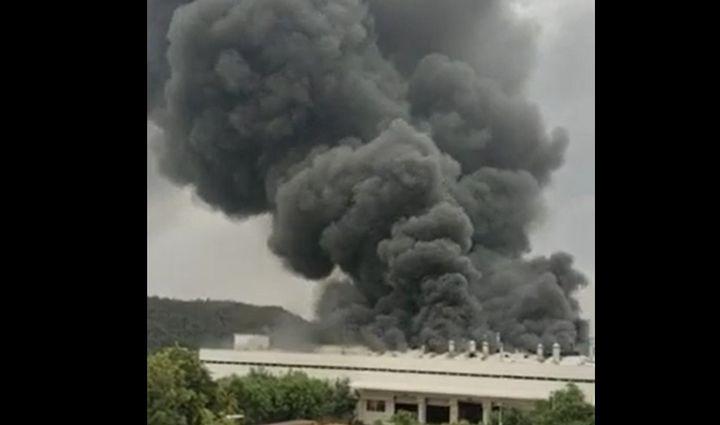 Smoke overwhelms the skies Wednesday above Kukas, India. - Screencapture Via Jaipur News
