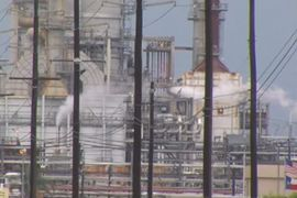 Twin Vapor Releases Trigger Alarms at Texas Refinery