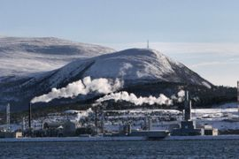Fire Shuts Down Europe's Largest Methanol Plant