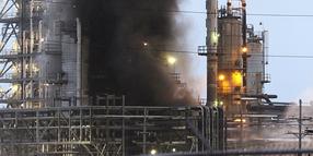 6 Workers Injured in Delek Refinery Fire at El Dorado