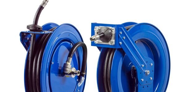 Coxreels provides professional reeling systems in heavy-duty single pedestal (SH Series) or...