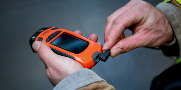 The compact size of the lightweight Reveal FirePRO X makes it easy to carry and manage in tough...
