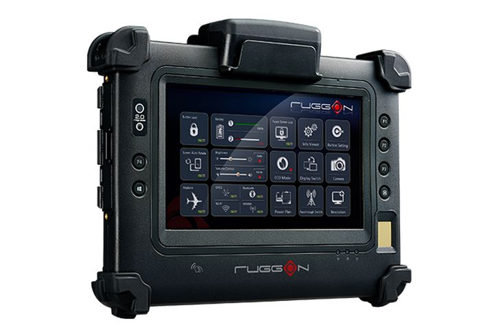 RuggOn Blaxtone PM-311B Rugged Tablet - Photo: RuggOn