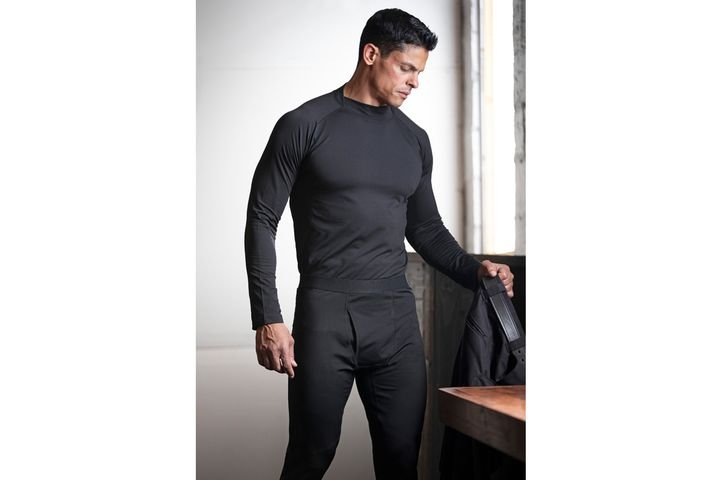 Flying Cross Pro Fit Base Layer - Photo: Flying Cross / Fechheimer