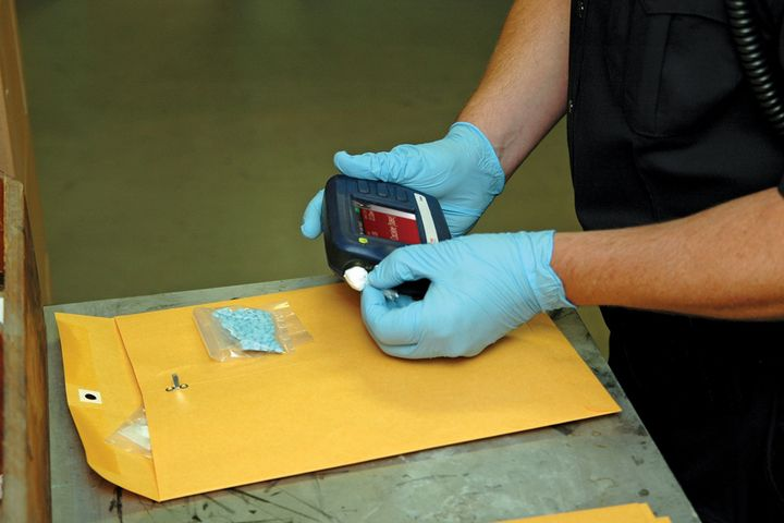 The TruNarc Handheld Narcotics Analyzer from Thermo Fisher Scientific uses Raman laser technology to safely identify narcotics, precursor chemicals, and cutting agents. - Photo: Thermo Fisher Scientific