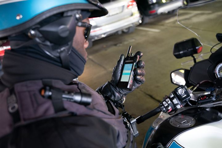 The APX Next from Motorola Solutions offers LTE connectivity and a virtual assistant that takes voice commands. (Photo: Motorola Solutions) -
