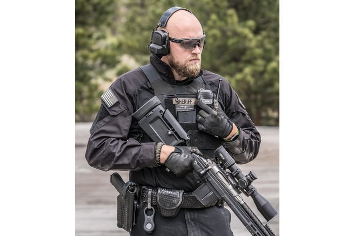 Specifically designed for law enforcement and military personnel, the NoizeBarrier Range SA can be worn during firearms training and for critical incidents where hearing protection and advanced situational awareness are needed. - Photo: OTTO