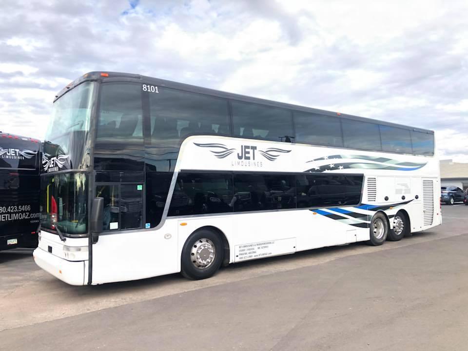 Arizona Entrepreneur Paints Limousine Bus in Thin Blue Line Theme