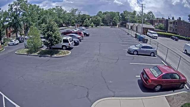 The South Grand Community Improvement District (CID) in St. Louis, MO is using the Genetec Stratocast cloud-based video monitoring system to deter license plate theft in its parking lot and provide video access to the local police department to help reinforce security.