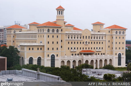 Florida Chief Says Agency Gives No Special Favors to Scientology
