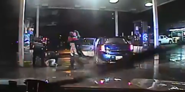 Video: Oklahoma Officers Rescue Children from Carjacked Vehicle