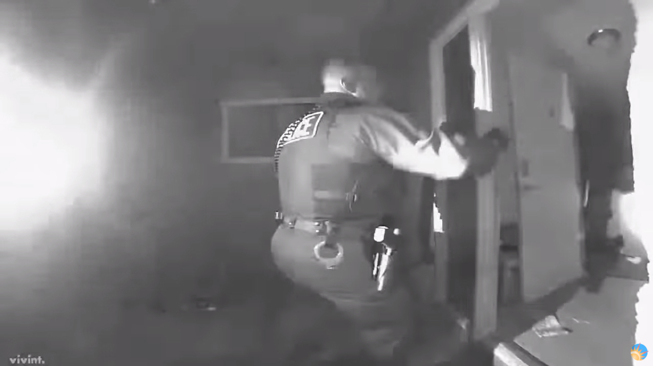 Video: Arizona Police Take Custody of Unvaccinated 2-Year-Old with Fever