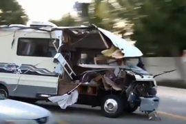 Woman in Stolen RV Leads California Police on Wild Vehicle Pursuit