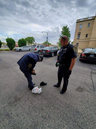 An officer with the Niles (IL) Police Department gave a homeless man the shoes off his own feet over the weekend.