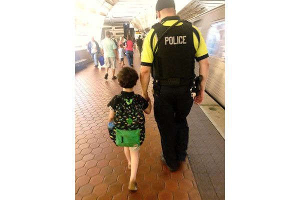 A woman posted a lengthy thank you note on Facebook, expressing her gratitude for the actions of a DC Metro police officer who help calm her young autistic son who was having an episode on a commuter train.