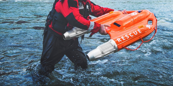 OceanAlpha's Dolphin 1 water rescue robot can quickly reach people panicking in the water.