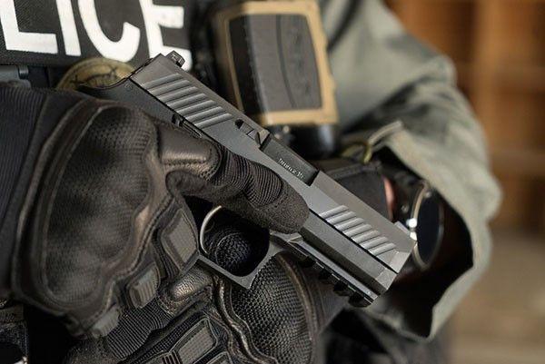 SIG Sauer P320 9mm pistol  - Photo: SIG Sauer