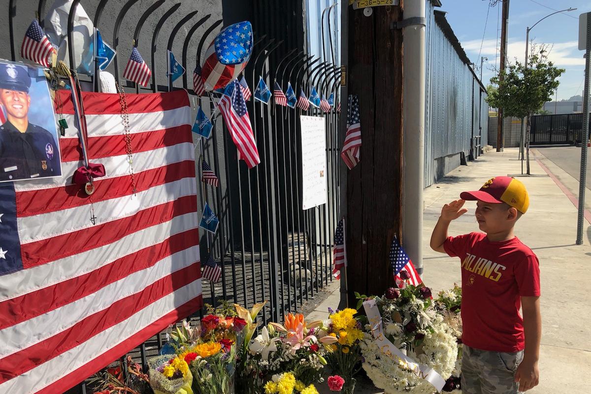 California Boy Organizes Event to Honor Slain LAPD Officer