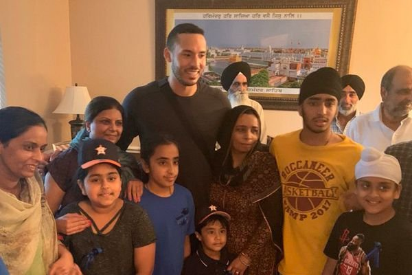 Carlos Correa—the Houston Astros shortstop who is preparing to play in the American League Wildcard Game on Wednesday—took time to visit with the family of Harris County Deputy Sandeep Dhaliwal, who was shot and killed during a traffic stop Friday.