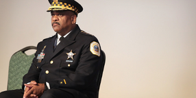 "Chicago Police Union Votes ""No Confidence"" in Chief"