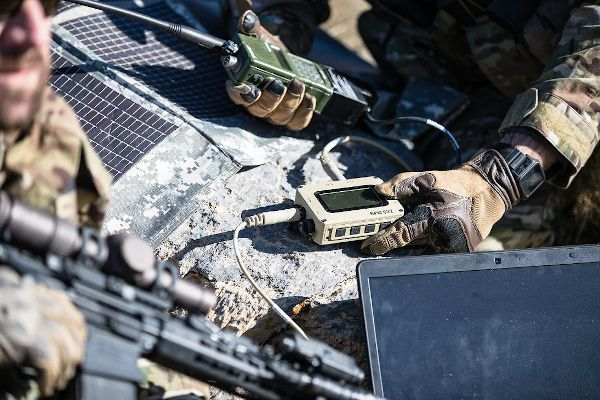 Nerv Centr Squad Power Manger (SPM-622) is a tough and compact device that weighs less than a pound and enables military units to optimize power for multiple electronic devices. - Photo: Galvion