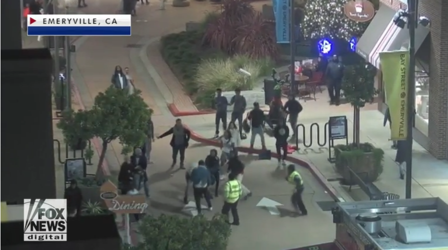 Off-Duty California Officer Beaten By Mob While Assisting Crime Victim