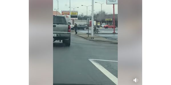 Video: Tennessee Officer Helps Man in Wheelchair Across Street