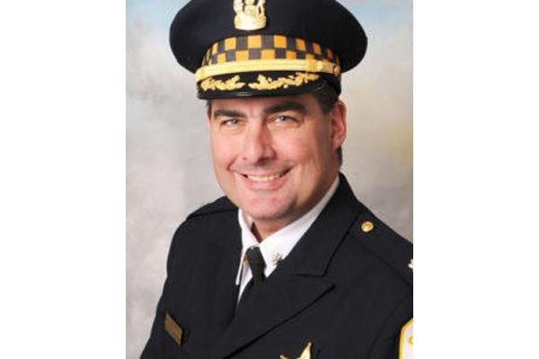 Widow of Slain Chicago Police Commander Sues Online Gun Retailer
