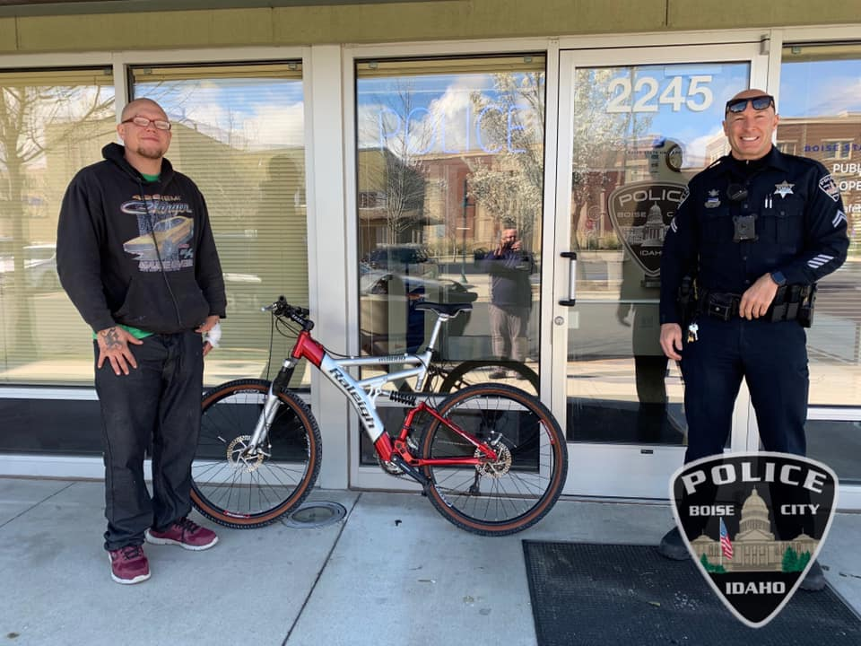 Idaho Officer Gives Man a Bicycle to Help Him Get to Work